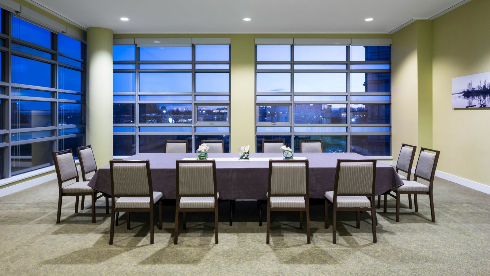 Lulu Island Meeting Room - The Westin Wall Centre, Vancouver Airport
